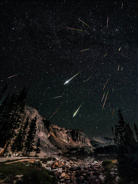 91354873_2447247_perseid_meteor_shower_snowy_range_wyoming.jpg
