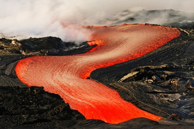 6537753When-Lava-Meets-Water-8.jpg